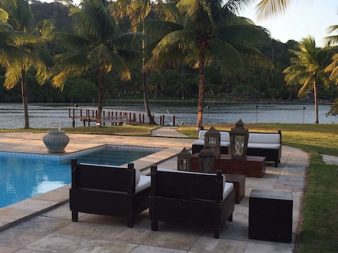 Sítio com linda casa, à beira da Lagoa Manguaba!