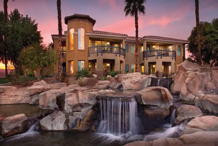 Marriott Resort on Shuttle Route- Coachella Wk#1