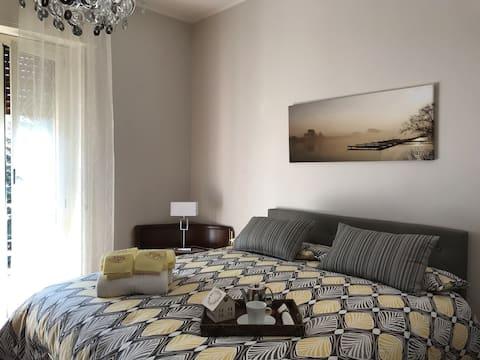 """Onafhankelijk Huis/Appartement - """"Dorp"""" in de buurt van het Comomeer"""