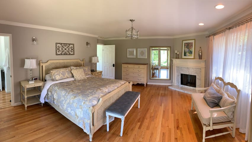 Private luxurious master bedroom suite
