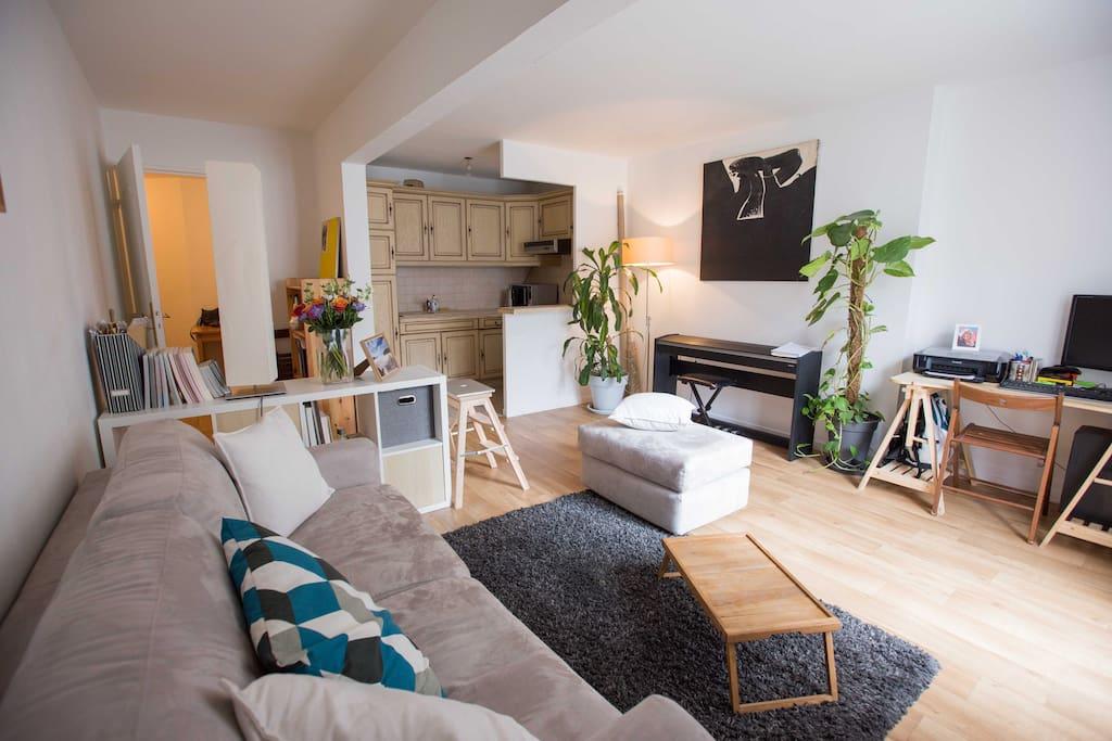 Salon et cuisine/ Living and Kitchen