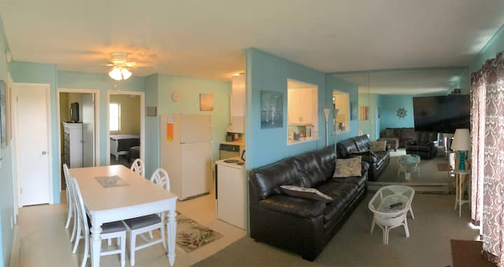 Quiet, family oriented  -  Bayside, 2bed, 1 bath