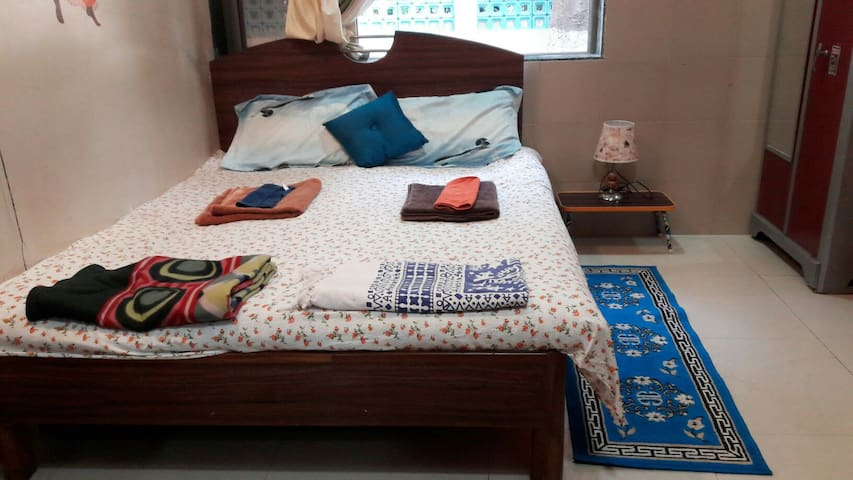 Cozy fully furnished EN SUITE room - Mumbai