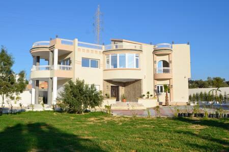 Une luxueuse maison de maître - Hammamet - Vila