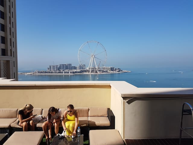 Dubai Eye View (On the Beach) # Hostel Dorm2