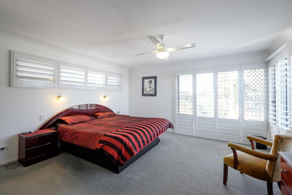 Master Bedroom [ King Bed]