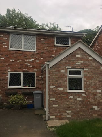Rooms To Rent Holmes Chapel