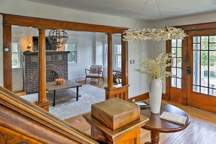 Newly restored Hudson home steps from Warren!