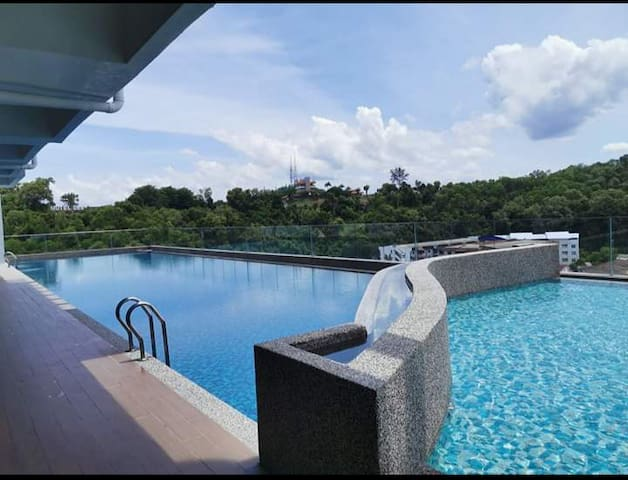 D'MEDINA @ Icon Residence! [POOL][CITY VIEW]