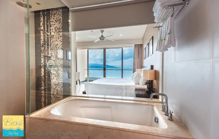 Breathtaking Seaview 5star*****The Costa Residence