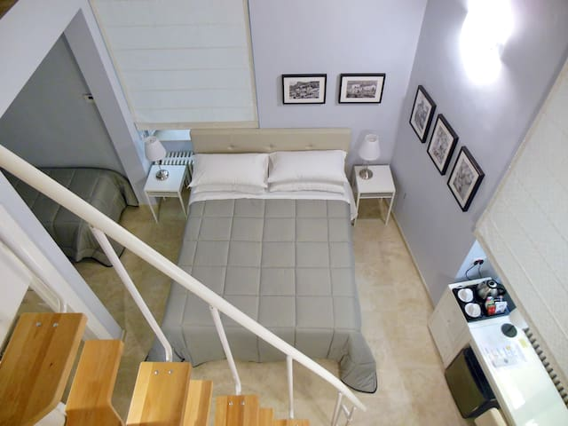 Suite in very central Residence