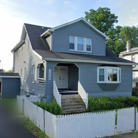Pikesville Area Sleeps 6-10 max and no add. fees
