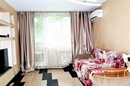 Modern apartment near from Zolotoy Bridge.