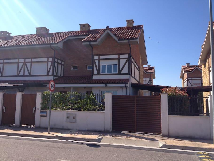 Precioso chalet en cirue a la rioja casas en alquiler en for Alojamiento en la rioja espana