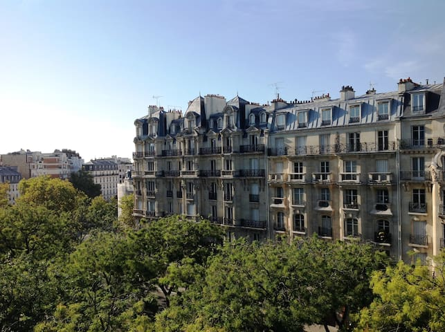 Hotel du Printemps Paris Nation