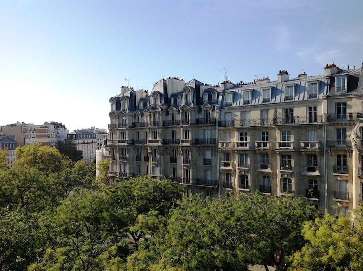 Hotel du Printemps Paris Nation