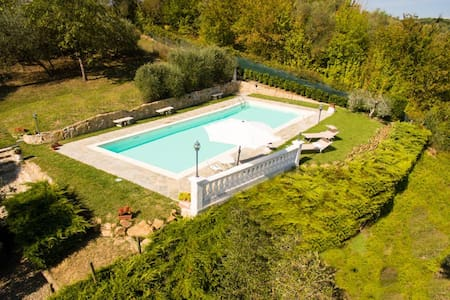 Private pool & panoramic garden on the countryside - Monterappoli