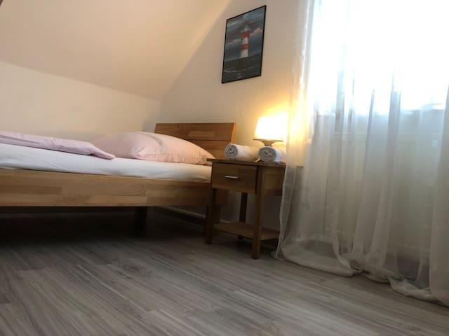 Zimmer / Room