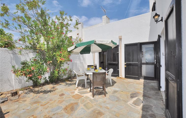 Terraced house with 2 bedrooms on 52m² in Canet en Roussillon P.