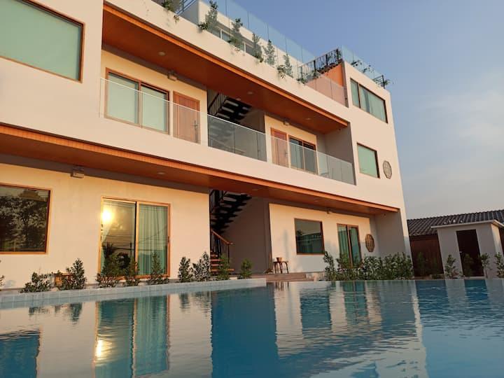 Wayla Villa Room ChiangMai @Maikhao beach