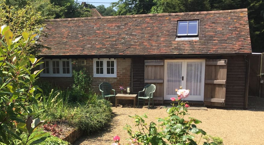The Stable, near Goodwood and Gatwick. - Shipley - Apartamento