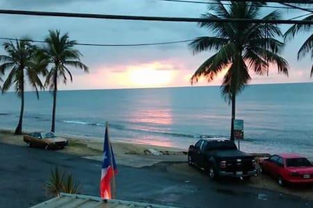 Aguada Beachfront Apartment - Wohnung