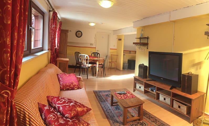 Familienzimmer mit 2 Schlafzimmern und Historie - Sankt Martin - Wohnung