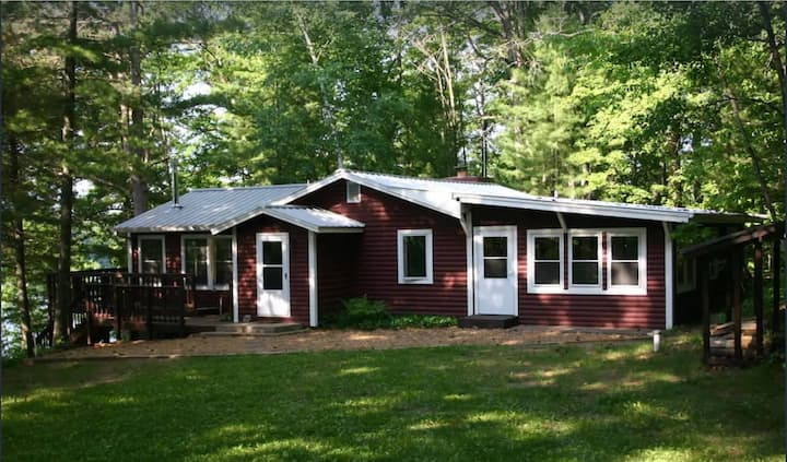 NEW! Private Lakeside Cabin, Spacious and Inviting