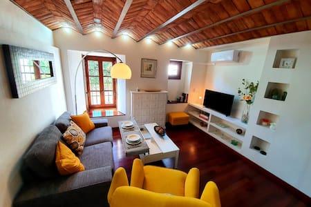 NEW Almocabar Luxury Apartment