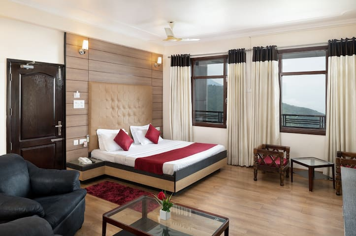 Best Stay With Valley View Premium Rooms