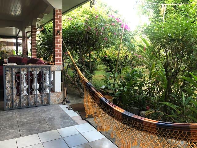 Maison agréable pour location saisonnière à Kourou