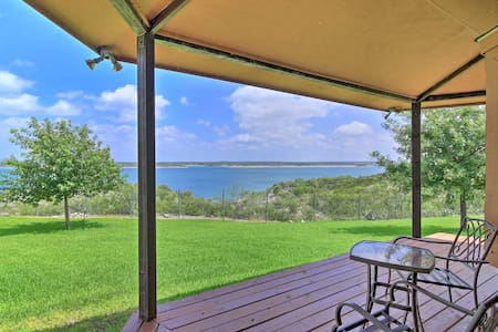 Del Rio Home w/ Lake Access & Boat Storage!
