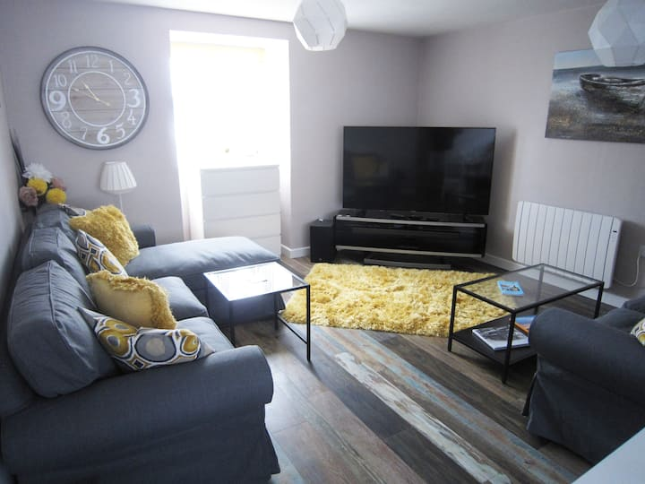 Central Cowes -Luxury Spacious Flat with Sea Views
