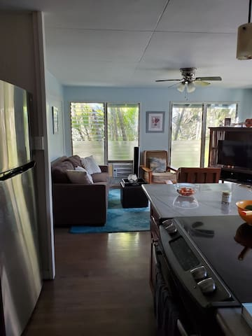 Beautiful home in paradise 3 bedroom 2 bath oasis