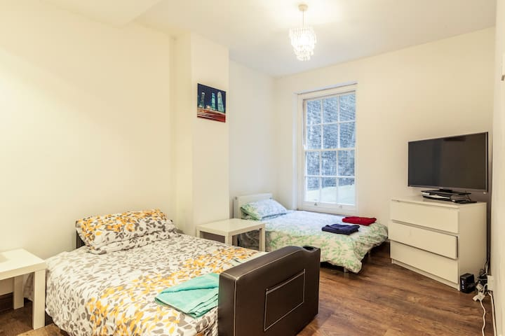 (Sleeps 4) Stylish Oxford Street - London - Flat