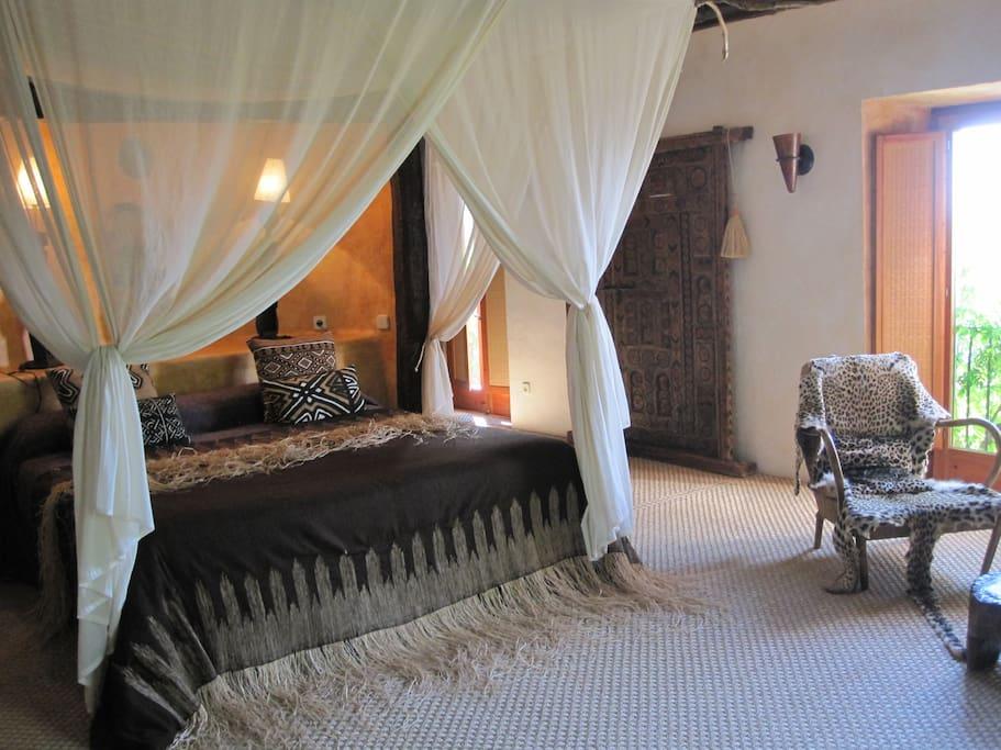 Dormitorio 1. 1 Cama de matrimonio grande y 1 Cama
