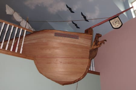 Beach-style house w/pirate ship! - Galveston
