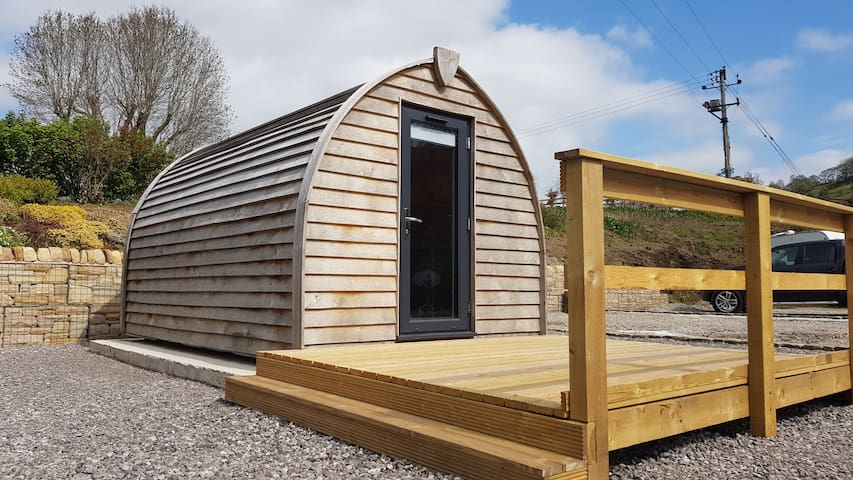 Romantic Sumptuous Glamping Pod  -  PETS WELCOME