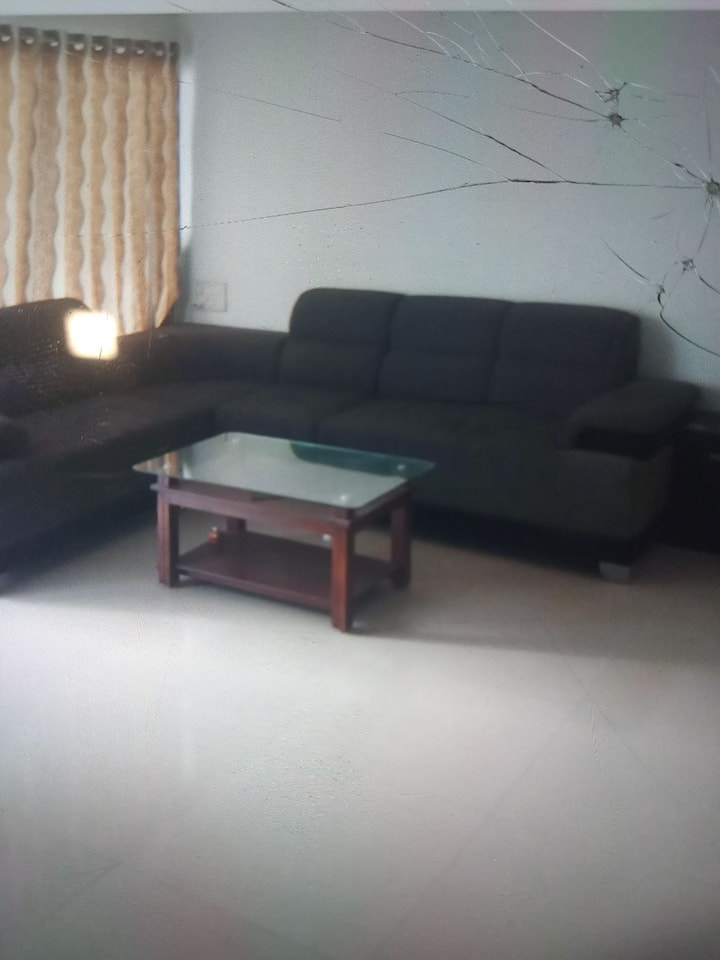 Fully furnished , spacious 3 BHK flat is available