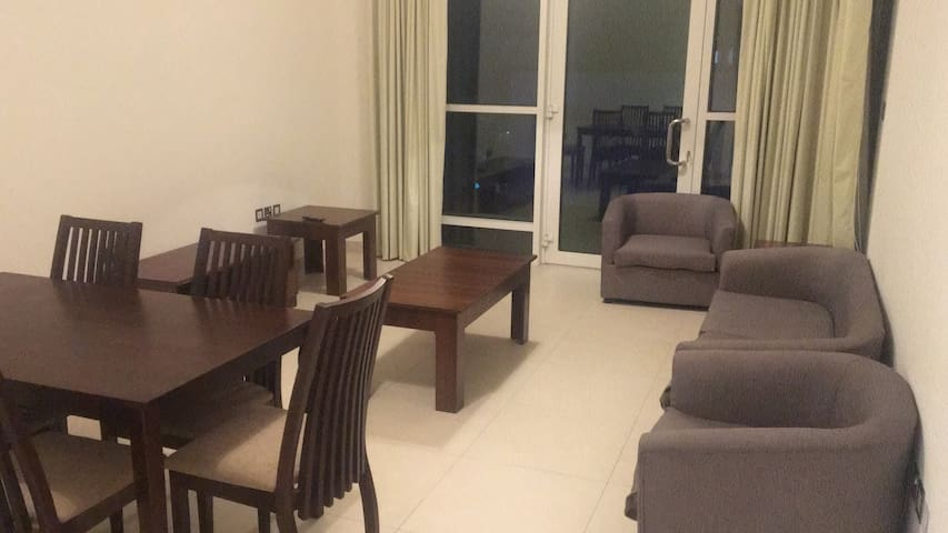Spacious One Bedroom apartment with kitchen