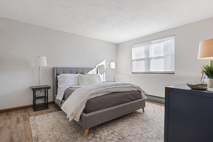 Clean Quiet Cozy 1 Bedroom Near Hospitals/Hanscom