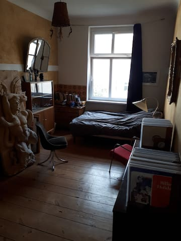 Cosy room in the heart of Neukölln!