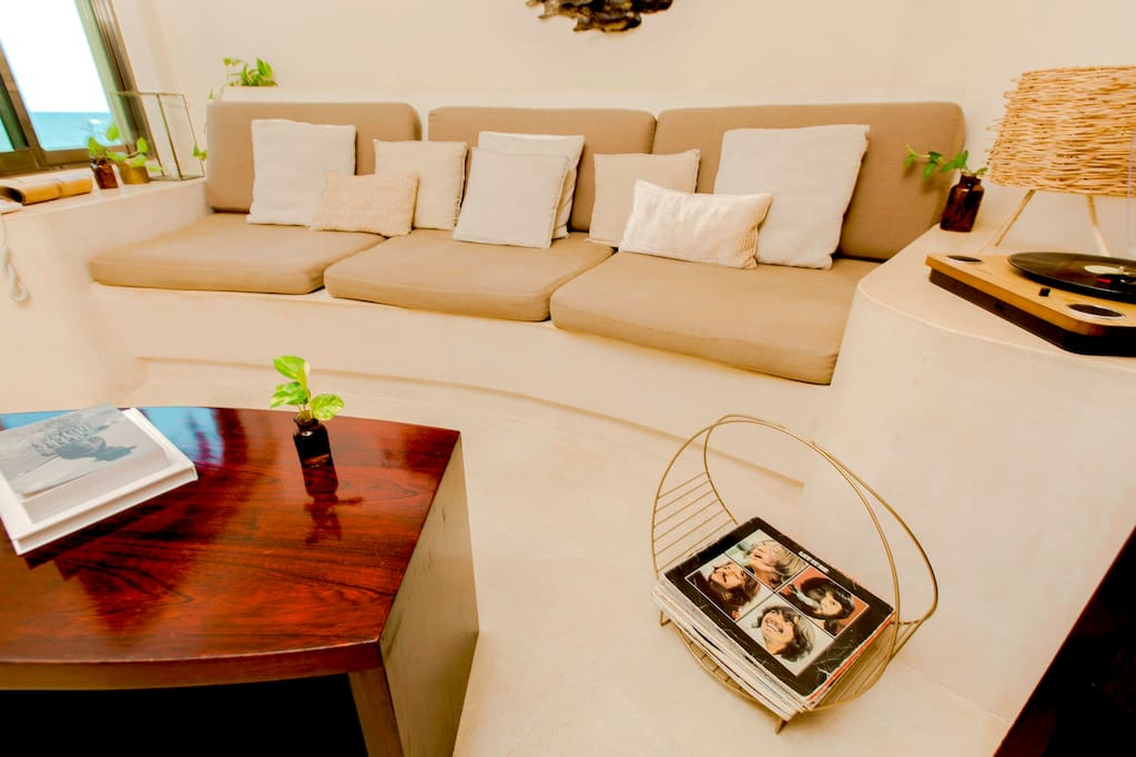 Master Suite Living Room- Mezzanine