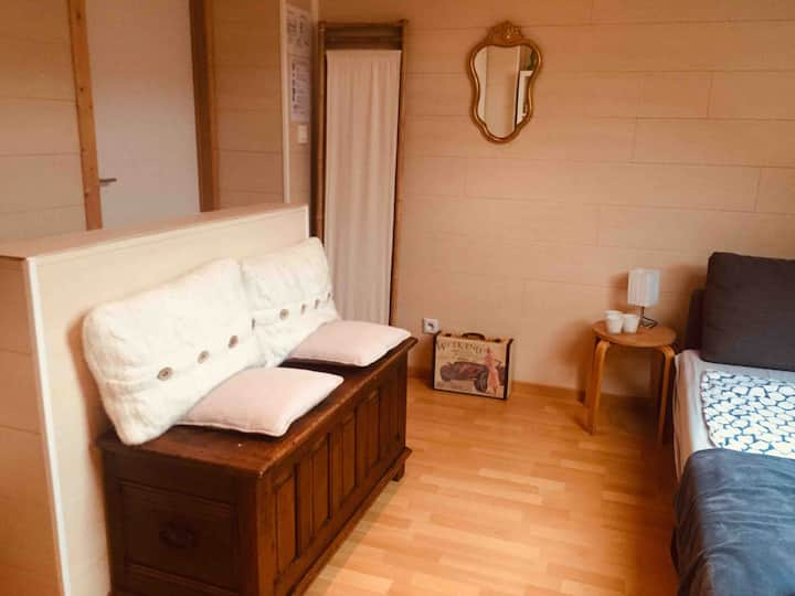 Cosy room in Sint-Niklaas