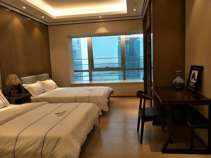 珠海横琴长隆海洋王国卓越之家豪华智能酒店公寓B(地铁横琴北站旁边)
