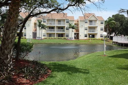 Ground Floor Luxury Condo - Indialantic