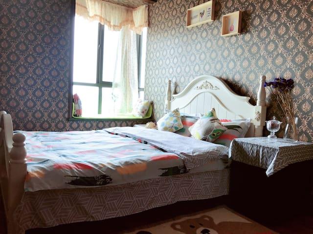 简欧清新大床房