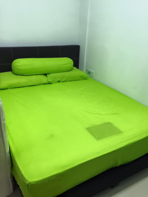 One room with Queen bed