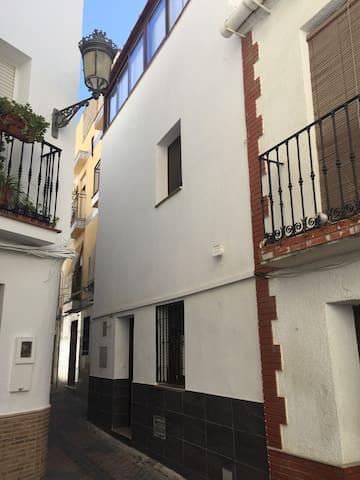 Pequeña casa en el centro de Almuñecar.