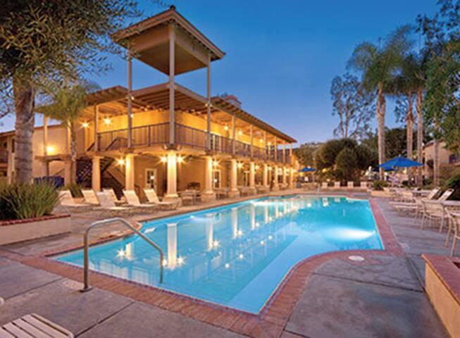 2BR WorldMark Resort Condo in Anaheim, CA